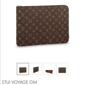 Louis Vuitton Etui Voyage GM